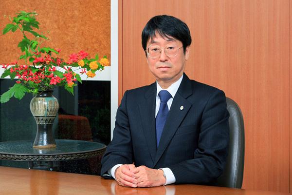 校長 柴田澄雄