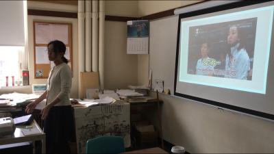 引率Y先生による授業。日本語クラスにて。