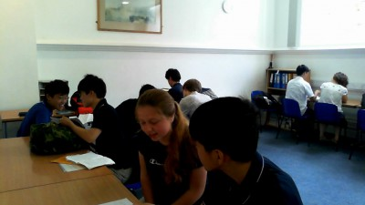 A、B、C各クラスに3名ずつのアシスタントが配置されました