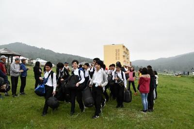 新モンゴル学園の方々の歓迎を受けました