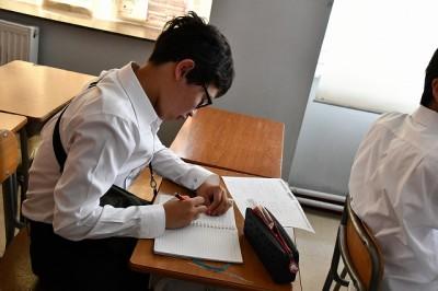 日本語の文法の授業の様子