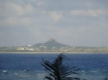 さようなら、たっちゅー(←島にある山の愛称です)
